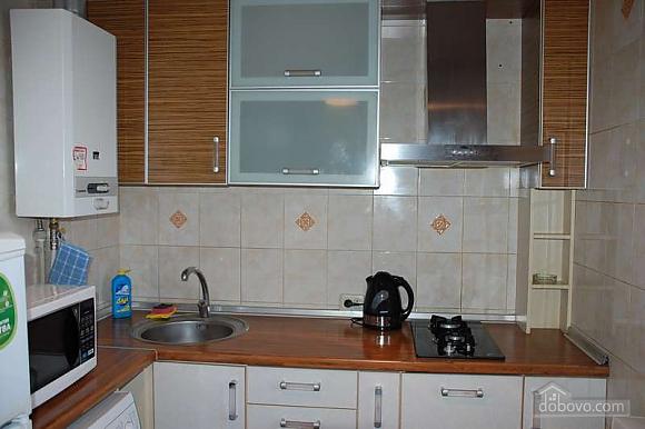Квартира з ремонтом в самому центрі, 2-кімнатна (51786), 007