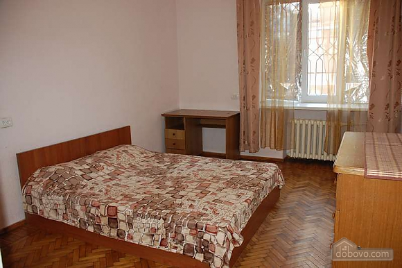 Apartment with renovation in the centre, One Bedroom (79100), 001