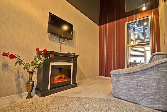 Шикарна квартира в центрі з дизайнерським ремонтом, 2-кімнатна (45217), 002