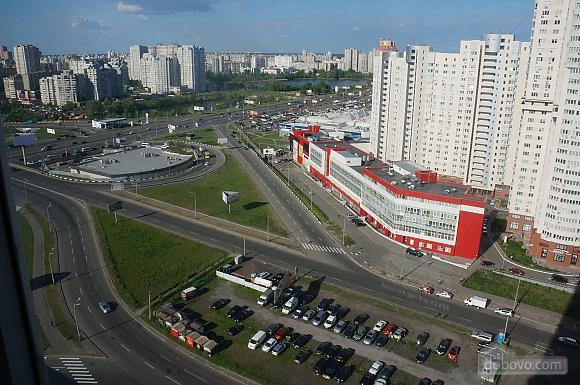Spacious apartment near Pozniaky metro station, Studio (38509), 001