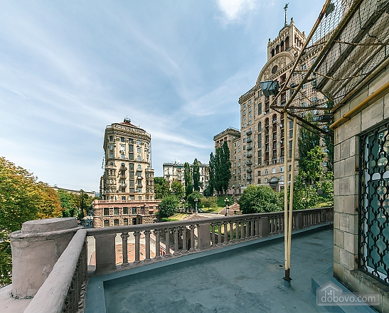 LUX two bedroom apartment on 27 Khreshchatyk with terrace, Due Camere (92933), 033