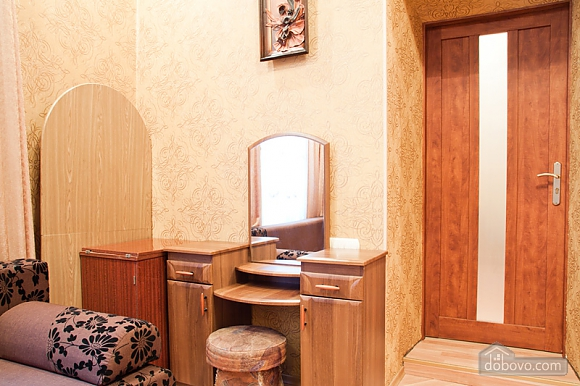 Cosy apartment near to Vernissage, Due Camere (70149), 012