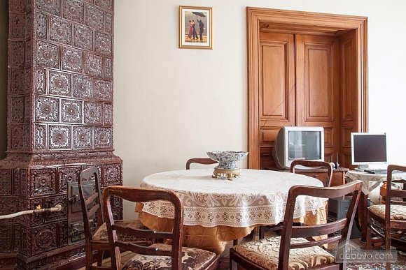 Antique apartment on the main square, Three Bedroom (49052), 018