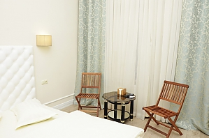 Suite in the light mini hotel, Studio, 002