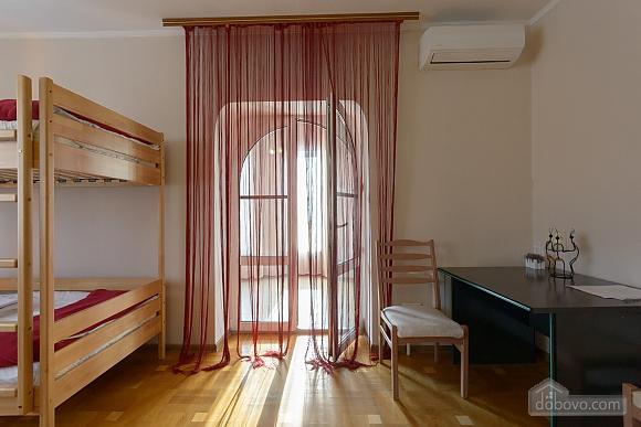 Хостел Garden, 1-комнатная (65352), 011