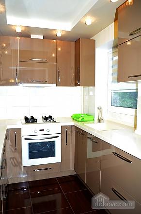Luxury apartment with renovation, Zweizimmerwohnung (22515), 011