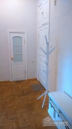 Apartment on Nezalezhnosti square, Studio (81028), 006