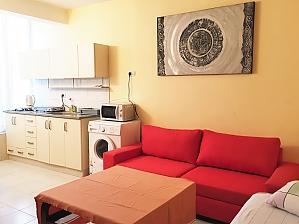 Bright apartment in Tel Aviv city center, Una Camera, 001
