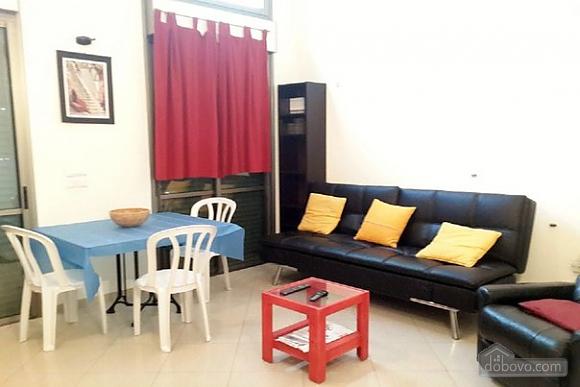 Апартаменты в Тель-Авиве с двориком, 2х-комнатная (76495), 004