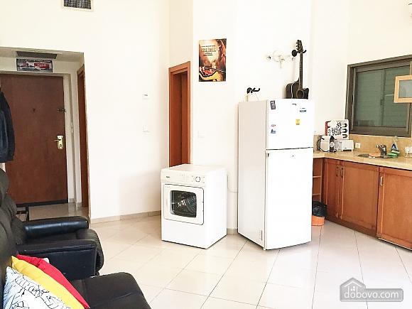 Апартаменты в Тель-Авиве с двориком, 2х-комнатная (76495), 008
