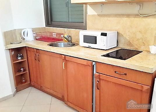 Апартаменты в Тель-Авиве с двориком, 2х-комнатная (76495), 009