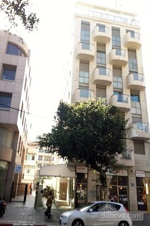 Апартаменты в Тель-Авиве с двориком, 2х-комнатная (76495), 017