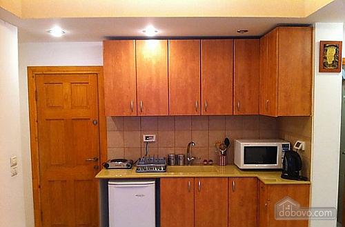 Красивые апартаменты в центре Тель-Авива, 2х-комнатная (92625), 005