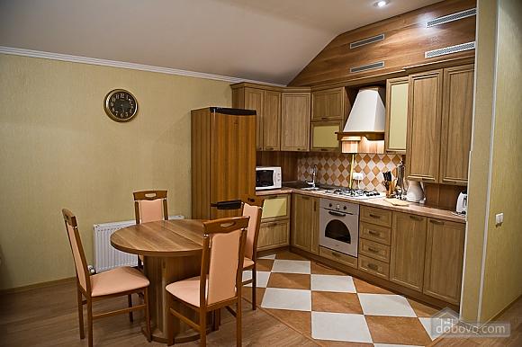Квартира з усіма зручностями, 2-кімнатна (79694), 004
