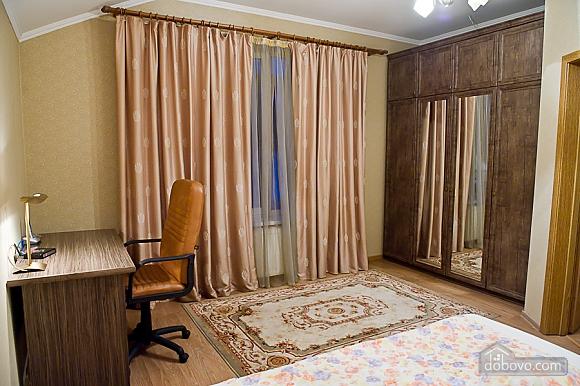 Квартира з усіма зручностями, 2-кімнатна (79694), 005