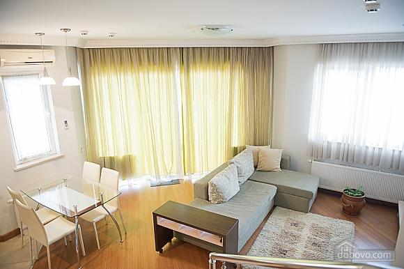 Stylish apartment in the center, Zweizimmerwohnung (43880), 003
