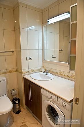 Квартира с хорошим месторасположением, 2х-комнатная (59700), 008
