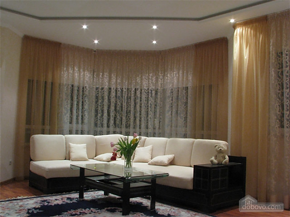 Apartment in the city center, Two Bedroom (20835), 002