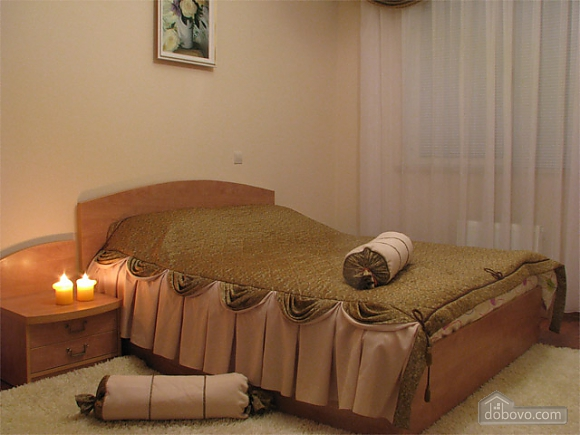 Apartment in the city center, Two Bedroom (20835), 004