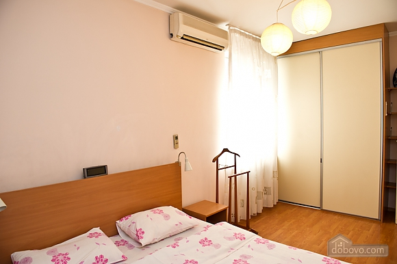 Apartment in the historical part of the city, Zweizimmerwohnung (23061), 004