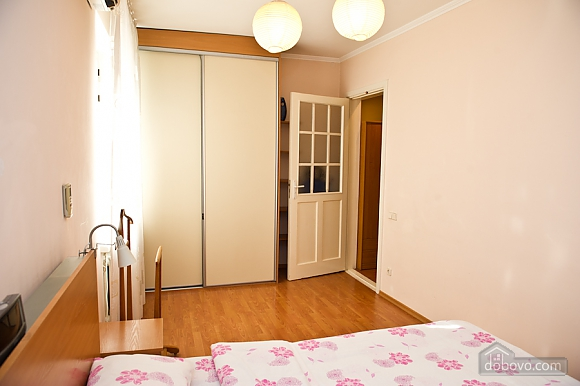 Apartment in the historical part of the city, Zweizimmerwohnung (23061), 005