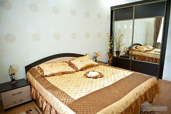 Cheap apartment on the Stefan cel Mare Boulevard, One Bedroom (70059), 003