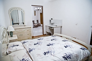 Low cost apartment on the main street, Dreizimmerwohnung, 004