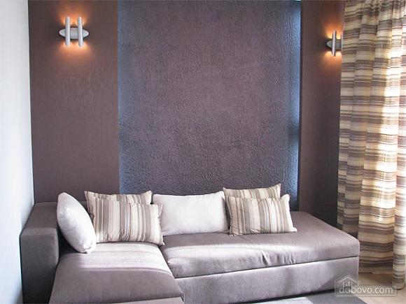 Апартаменты в жилом комплексе De Luxe, 3х-комнатная (80078), 003