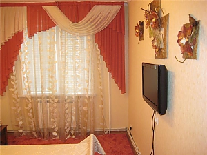 Apartment near Central Department Store, One Bedroom, 002