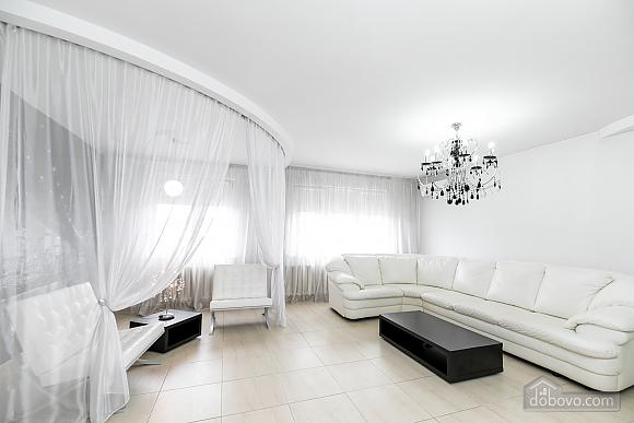 Елітна квартира, 3-кімнатна (79827), 003