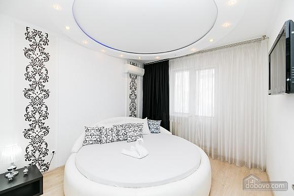 Елітна квартира, 3-кімнатна (79827), 009