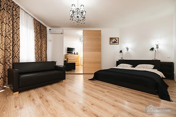 Затишна квартира в центрі, 1-кімнатна (65857), 001