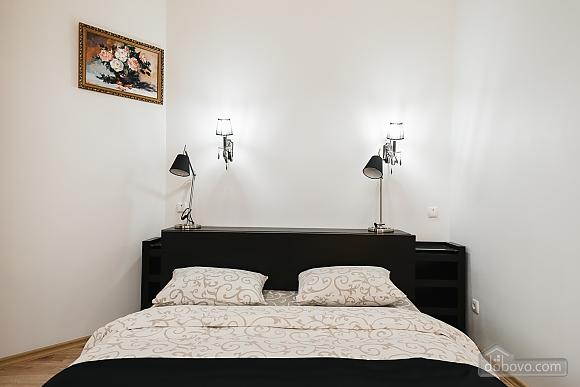 Затишна квартира в центрі, 1-кімнатна (65857), 004
