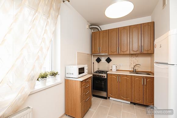 Затишна квартира в центрі, 1-кімнатна (65857), 010