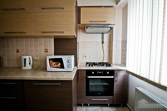 Квартира в центре города, 1-комнатная (21616), 003