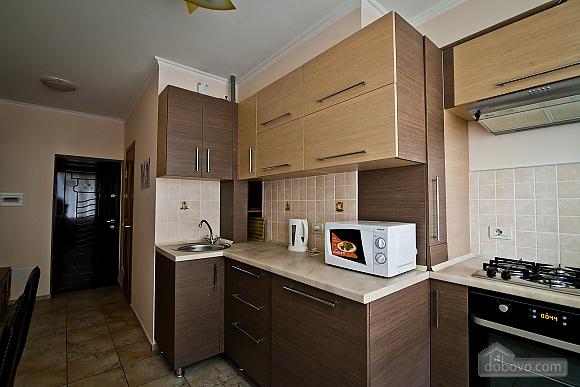 Квартира в центре города, 1-комнатная (21616), 004