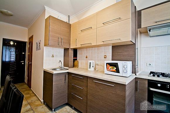 Квартира в центре города, 1-комнатная (21616), 007