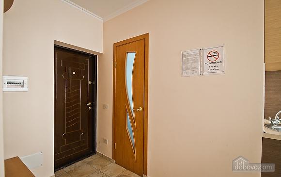 Квартира в центре города, 1-комнатная (21616), 008