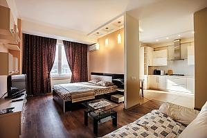Квартира в самом центре Кишинева, 1-комнатная, 002