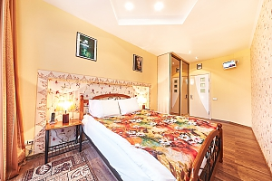 Clean and light apartment, Two Bedroom, 001