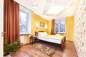 Чистая и светлая квартира, 3х-комнатная, 002