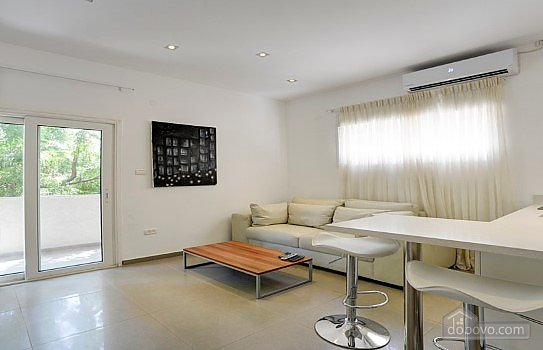 Apartment with a modern renovation, Un chambre (71362), 002