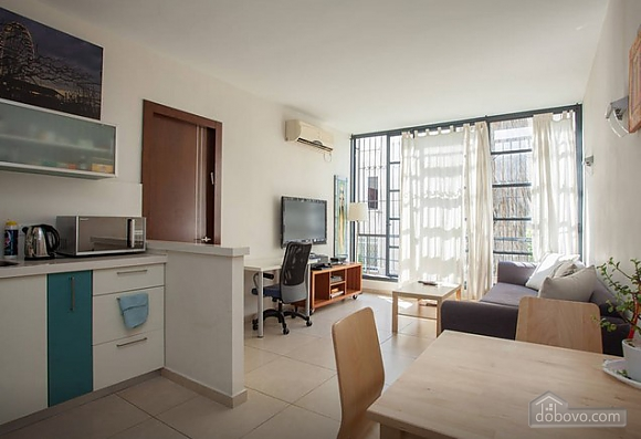Spacious apartment with big windows, One Bedroom (44123), 008