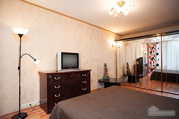 Квартира возле метро Беляево, 2х-комнатная (57624), 002