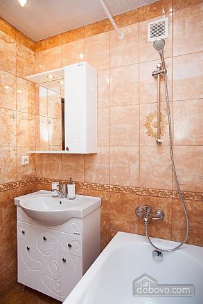Квартира біля метро Академіка Янгеля, 2-кімнатна (48894), 010