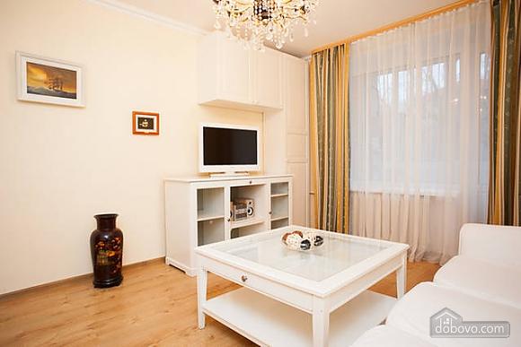 Apartment next to metro Molodezhnaya, Studio (48614), 004