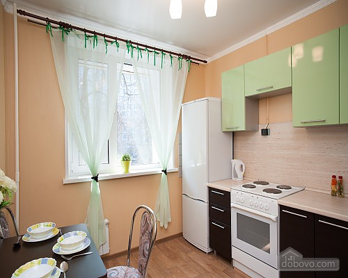 Apartment next to Molodezhnaya metro station, Studio (46718), 004