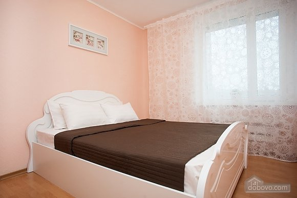 Apartment next to metro Nakhimovsky Prospect, One Bedroom (62310), 002