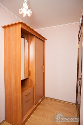 Apartment next to metro Nakhimovsky Prospect, One Bedroom (62310), 009