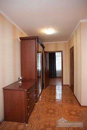 Apartment next to Polyanka metro, Studio (74429), 004